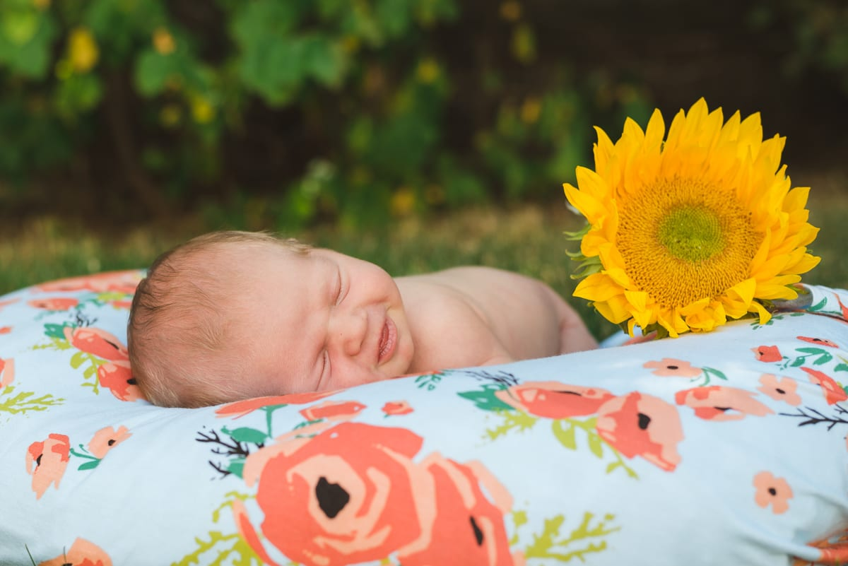 Top 6 tips for parents for a successful newborn photo session