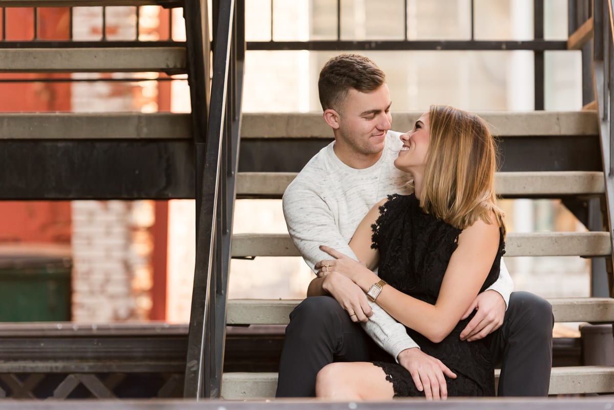 Downtown Denver Engagement Photos | Engagement Photography | Downtown Denver | From the Hip Photo