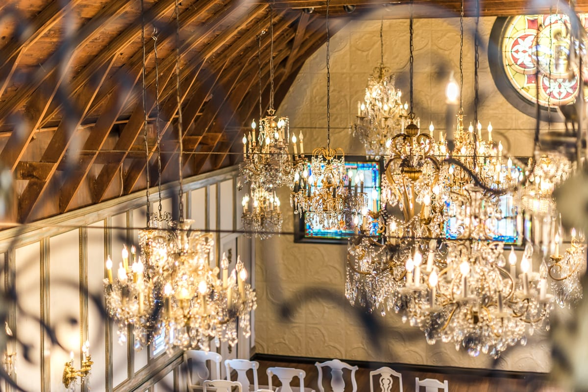 Chandelier Barn At Lionsgate Event Center Lafayette
