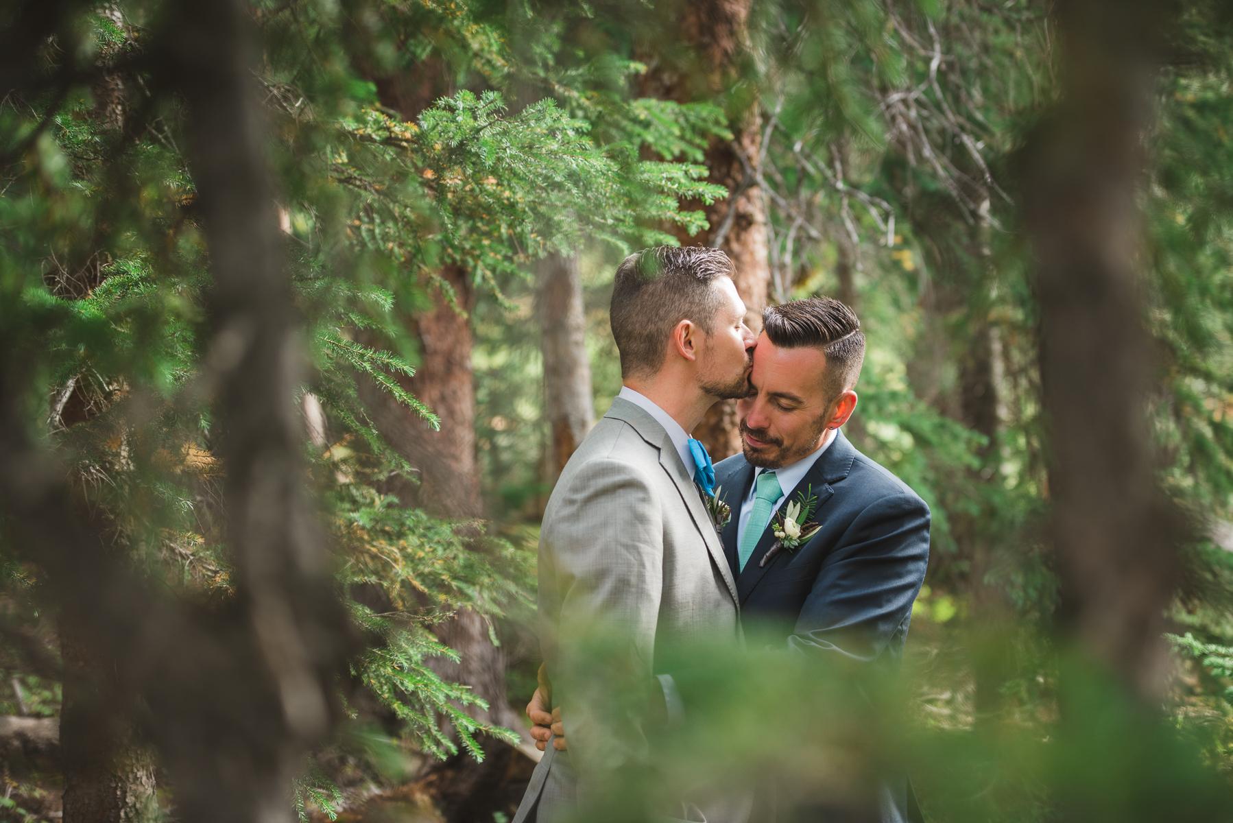 Black Mountain Lodge Wedding | Wedding Photography | Arapahoe Basin | From The Hip Photo