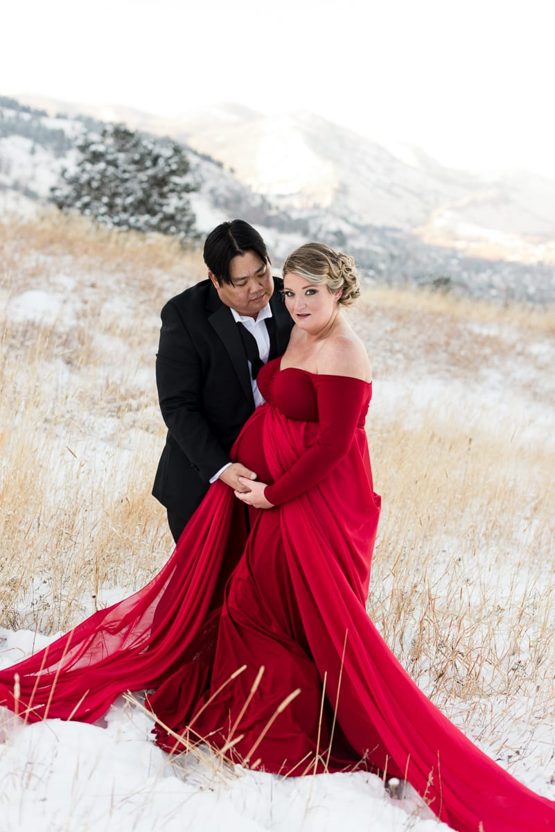 Winter Wonderland Maternity Shoot | Maternity Photography ...