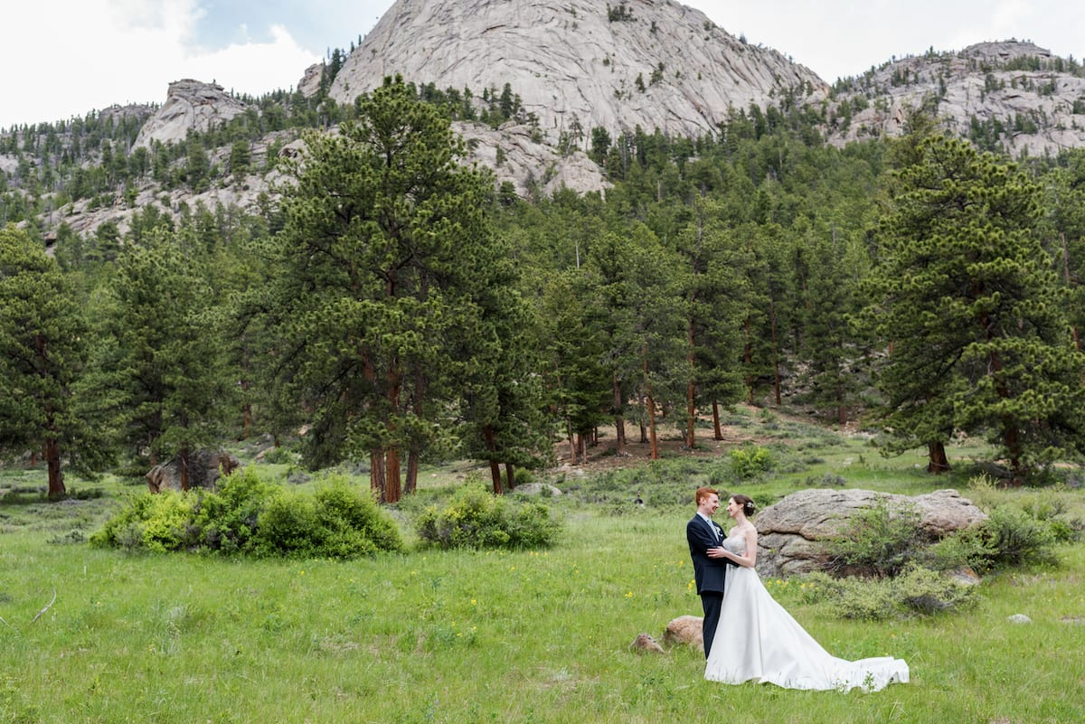 Romantic Mountain Wedding | Wedding Photography | Della Terra Mountain Chateau | From the Hip Photo