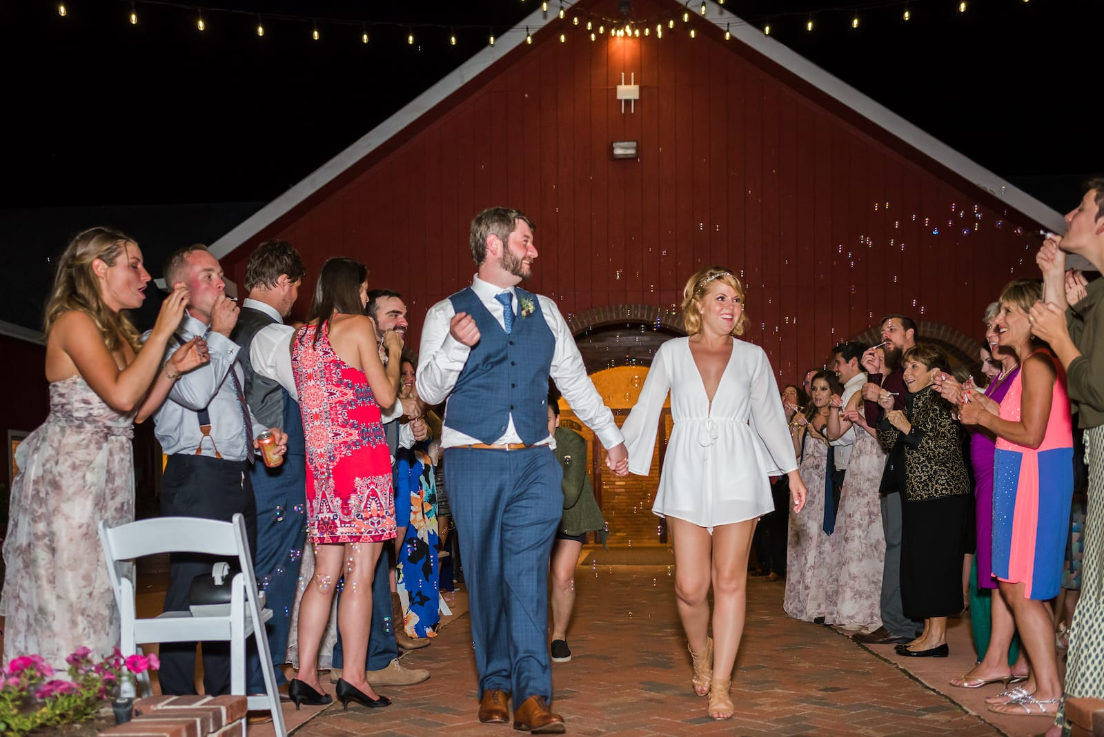 Summer Wedding | Wedding Photography | Crooked Willow Farms | From the Hip Photo