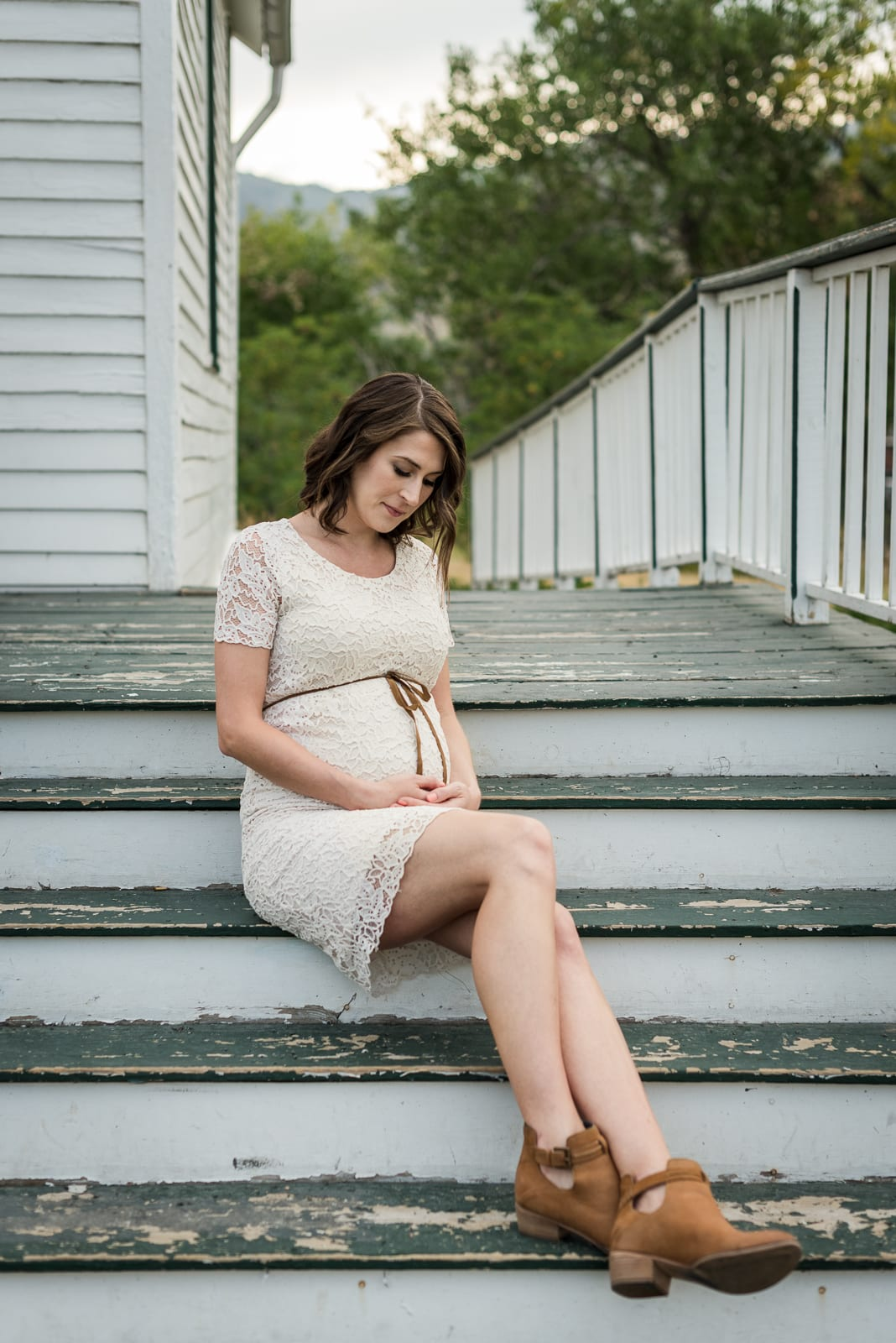 A Golden Maternity Session | Maternity photos | Golden | From the Hip Photo