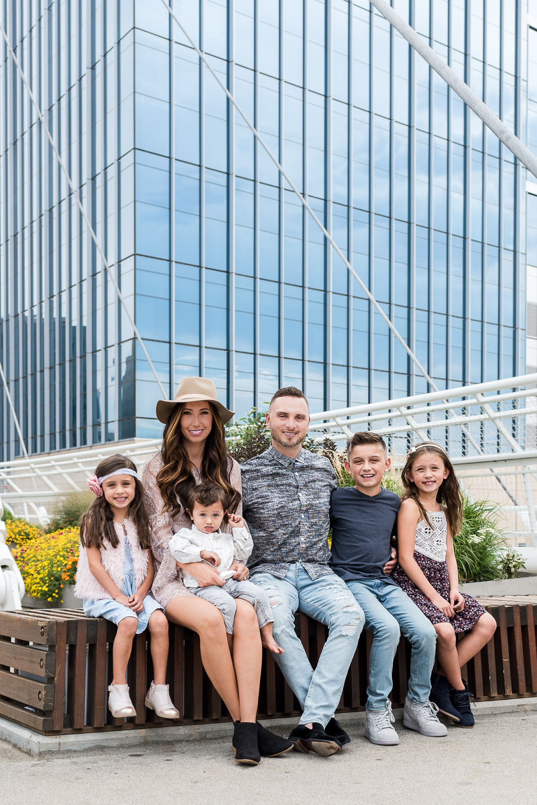 Photographing a Big Family | Hints & Tips | Millennium Bridge | From the Hip Photo
