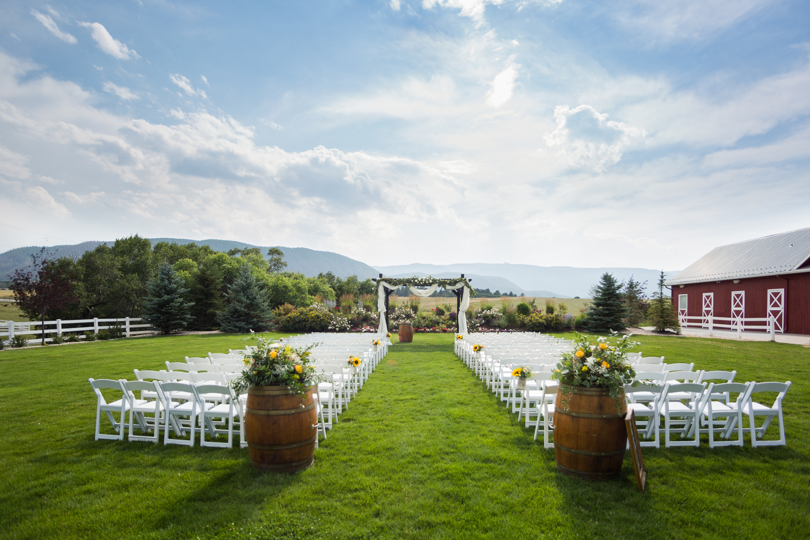 An August Fairytale Wedding | Wedding | Crooked Willow Farms | From the Hip Photo