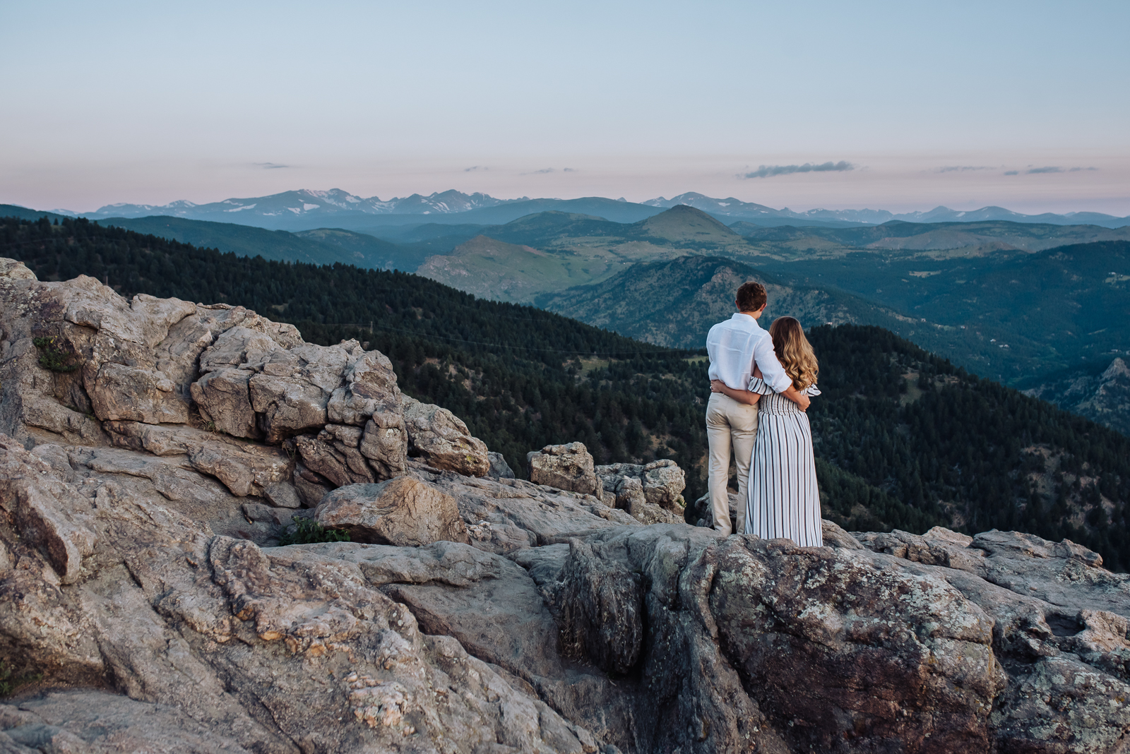 Love at Lost Gulch | Engagement Photo | Lost Gulch Overlook | From the Hip Photo