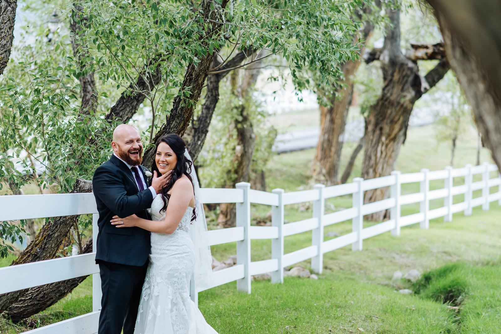 A Sunny Day with Emily & Drew | Crooked Willow Farms Wedding Photos