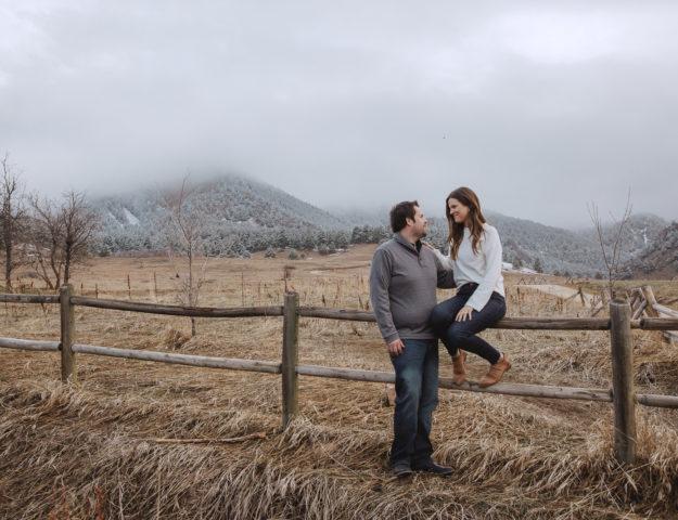 Cozy Spring Engagement Session at Foggy Chautauqua Park