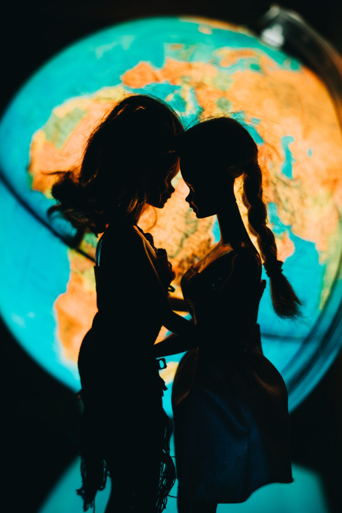 World silhouette | When Barbie Met Barbie