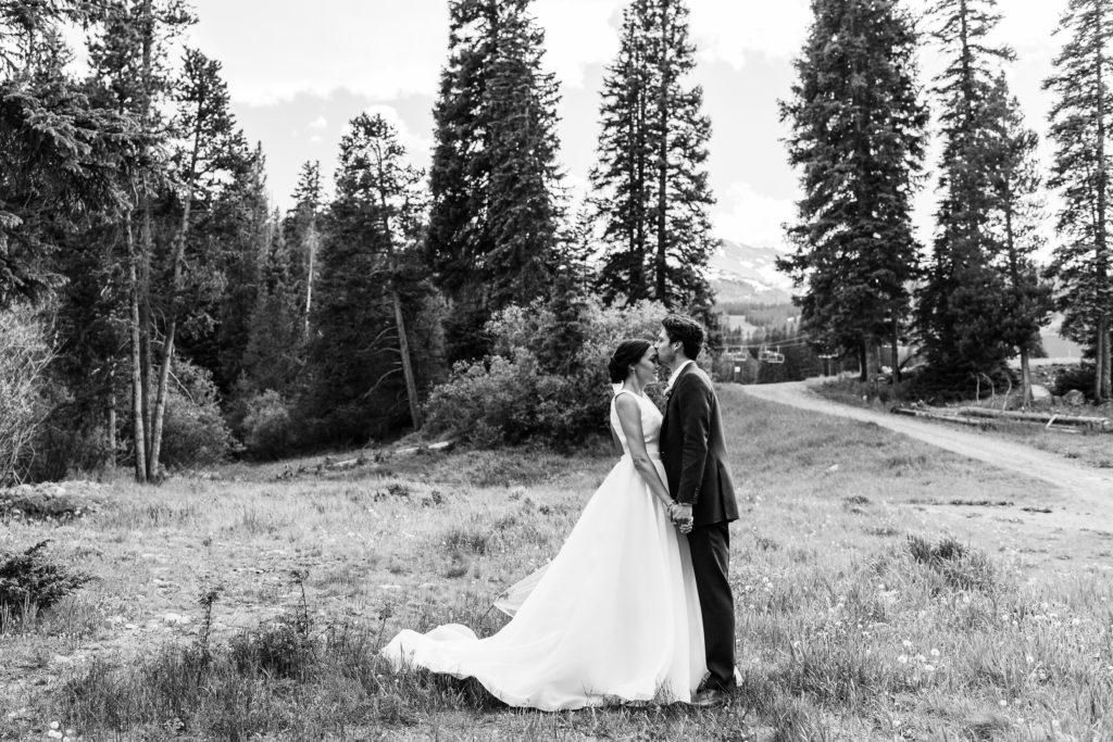 Breckenridge outdoor mountain nature loving candid fun adventurous wedding picture | From the Hip Photo Denver Colorado portrait photography