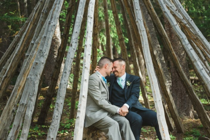 Lifestyle wedding photography | Colorado LQBT wedding photography | Colorado Best Wedding Photo