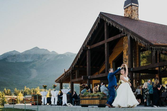 Romantic Mountain Wedding Photo | Denver Colorado Wedding Photographer