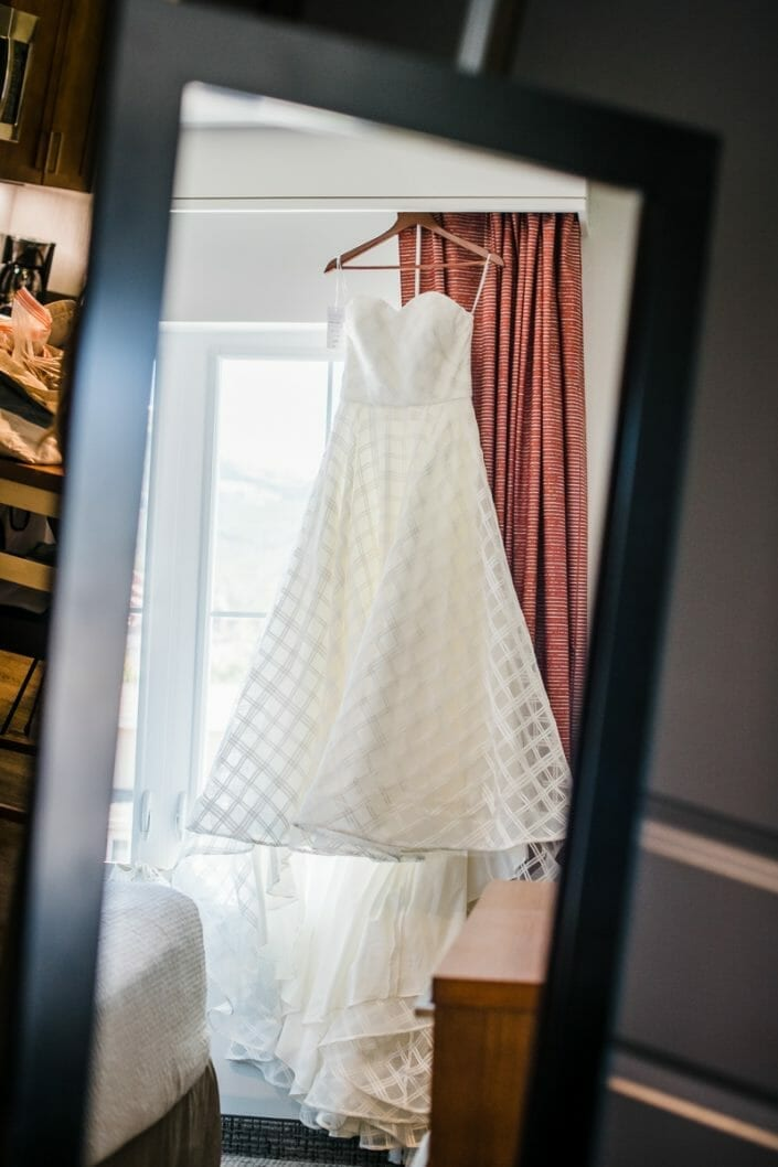 Romantic Mountain Wedding Dress | Denver Colorado Elopement Photographer
