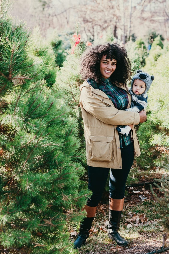 Family Christmas tree photo session in Denver   Colorado Lifestyle Photographer