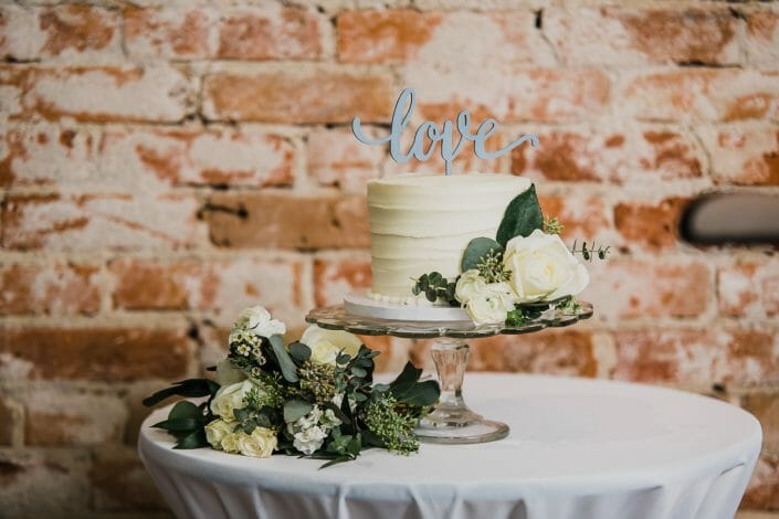 Urban Wedding Decor and Food Photo | Denver Colorado Elopement Photographer